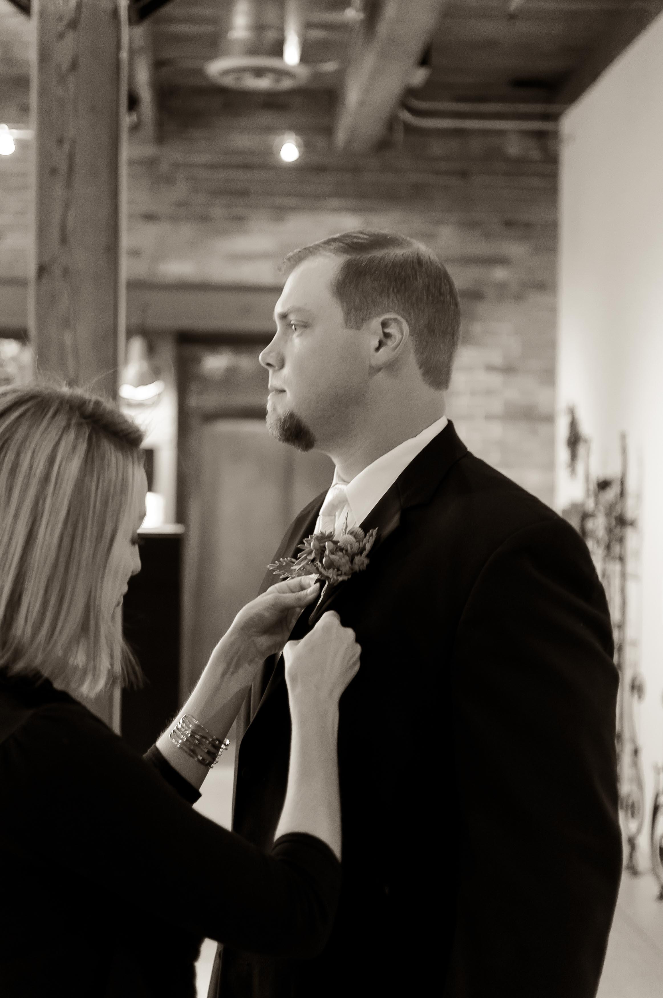 Weddings-Heinz History Center-Kelsey & Ben-Modern Color Pop_Low Res-12