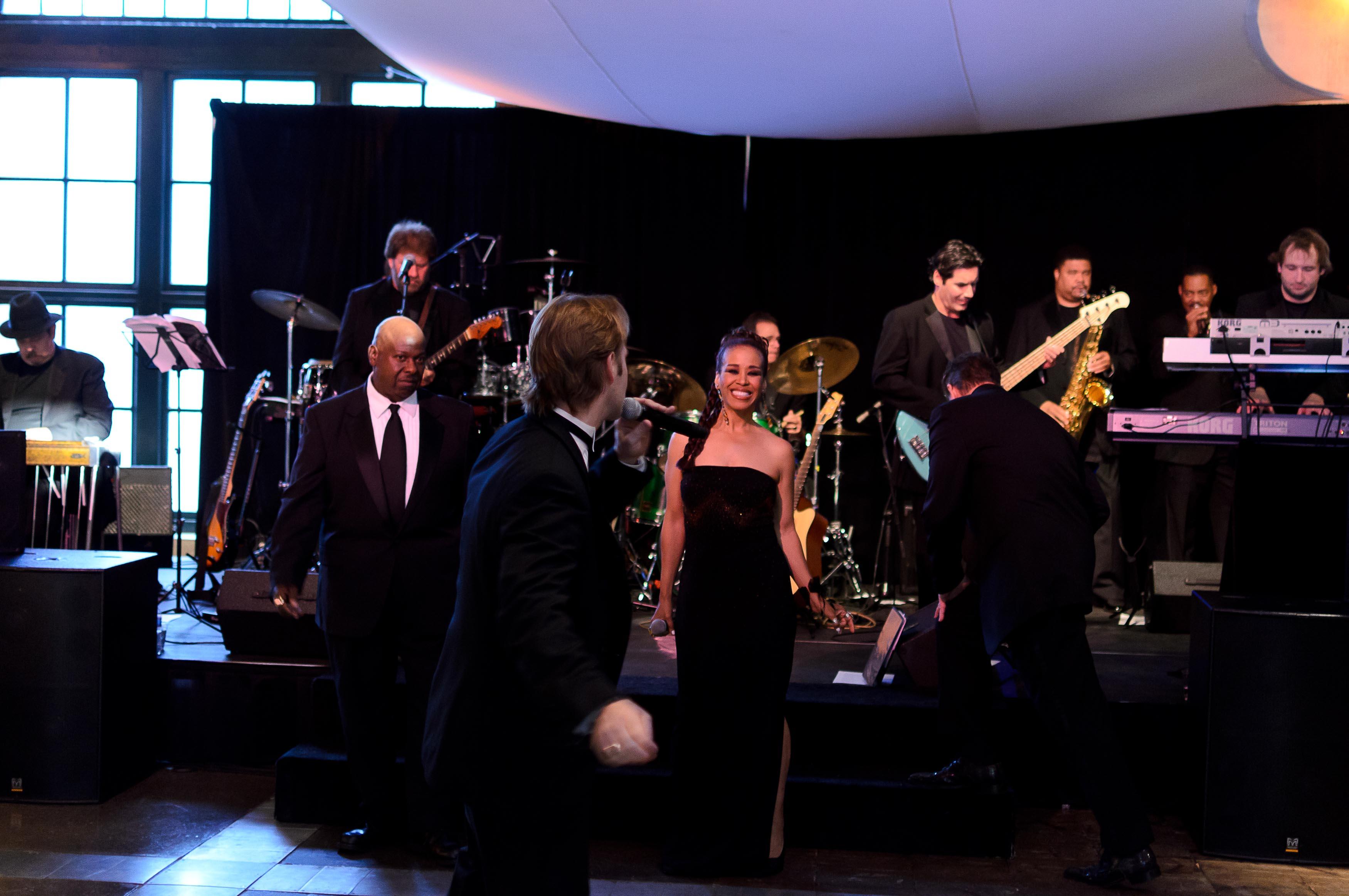 Weddings-Heinz History Center-Kelsey & Ben-Modern Color Pop_Low Res-19